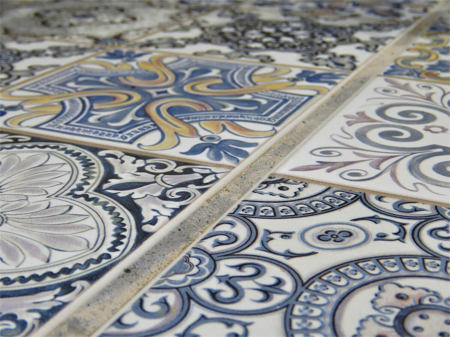 Using Mosaic Tile To Make Your Floor